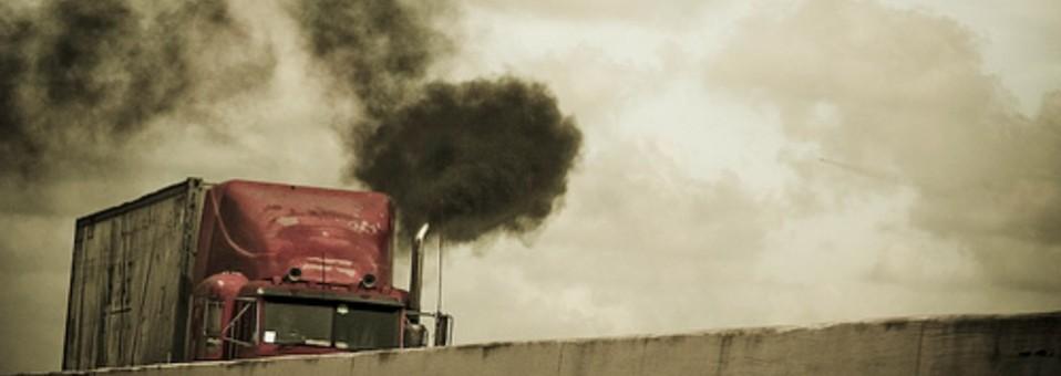 Regular emisiones de camiones pesados evitaría 55 mil muertes prematuras
