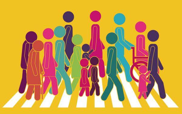 Ilustración de peatones adultos, jóvenes, niños, ancianos y discapacitados caminando sobre líneas o cebras peatonales