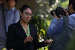 Imagen de acción civil con declaraciones de Adriana López, coordinadora de Proyectos de Refleacciona con Responsabilidad