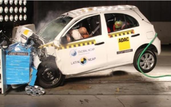 Pruebas de choque de LatinNCAP al modelo March de Nissan