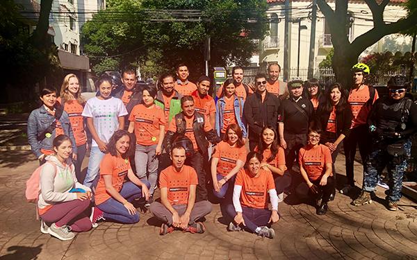 Activistas de las organizaciones de la sociedad civil que organizaron el Desafío Modal 2018 en la Ciudad de México