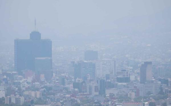Panorámica del sur de la Ciudad de México contaminada