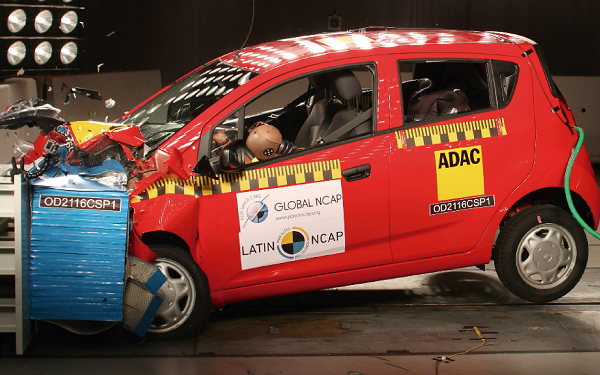 Prueba LatinNCAP al auto General Motors