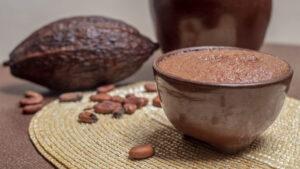 Chocolate con agua en un tazón